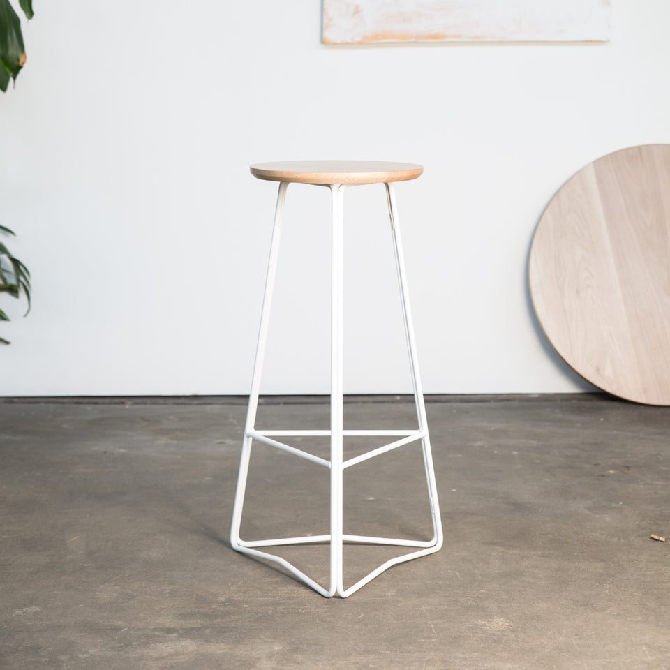 TRI750 stool - Hunt Furniture