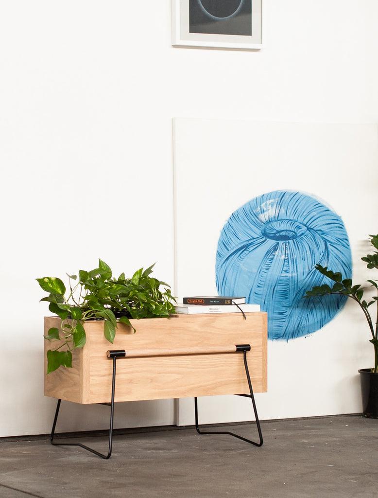 TOM Side table / planter - OAK