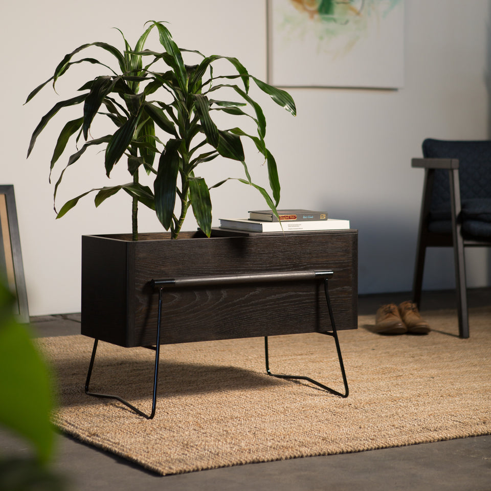 TOM Side table / planter - Hunt Furniture