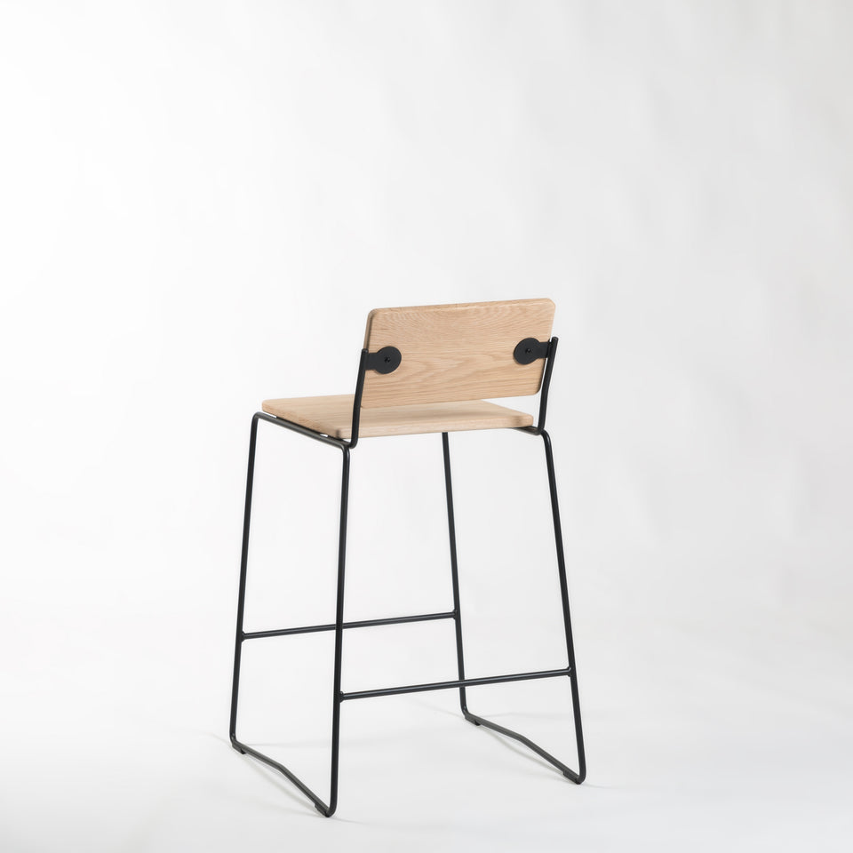 SA650 Bar Stool - Hunt Furniture