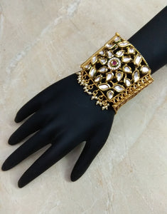 Kundan Gold Dastban Bracelet - Ziva Art Jewellery