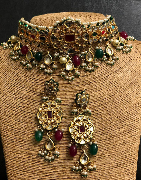 Kundan Chokar with Earrings Set