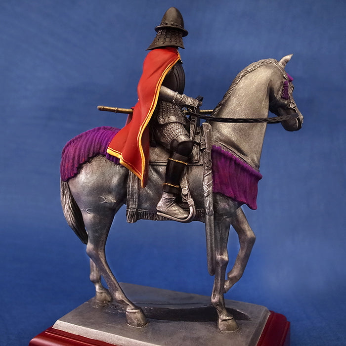 Statue - Oda Nobunaga Figure in Red Mantle KS021