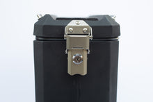 Load image into Gallery viewer, Simpson Pannier Set 30 Litre