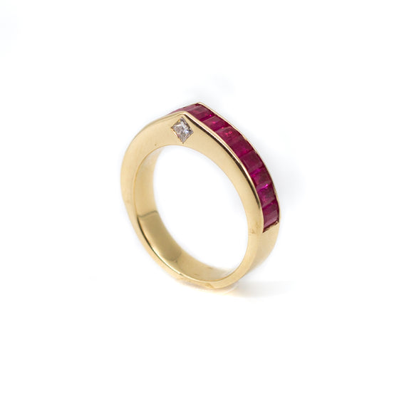 Piramidum Baguette Ring