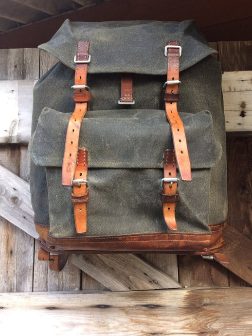Vintage Swiss Army Mountain Pack