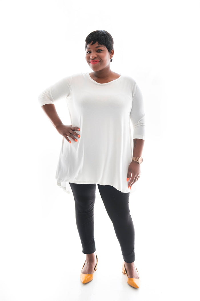 curvy woman in our white chelsea top