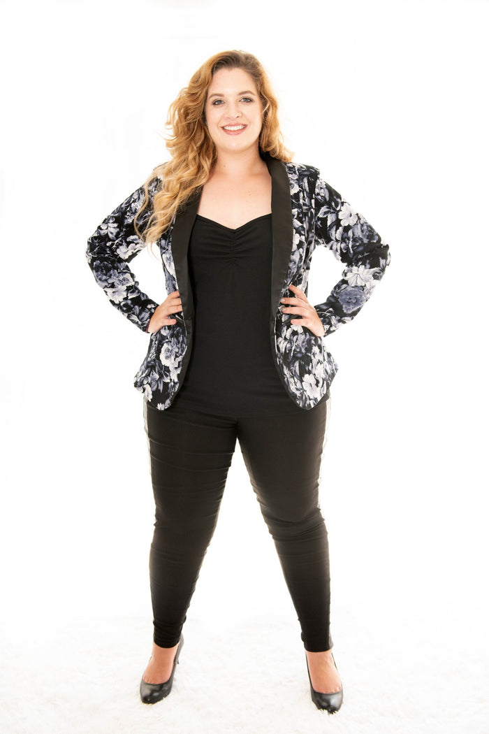 plus size lady in our bella rosa tux jacket