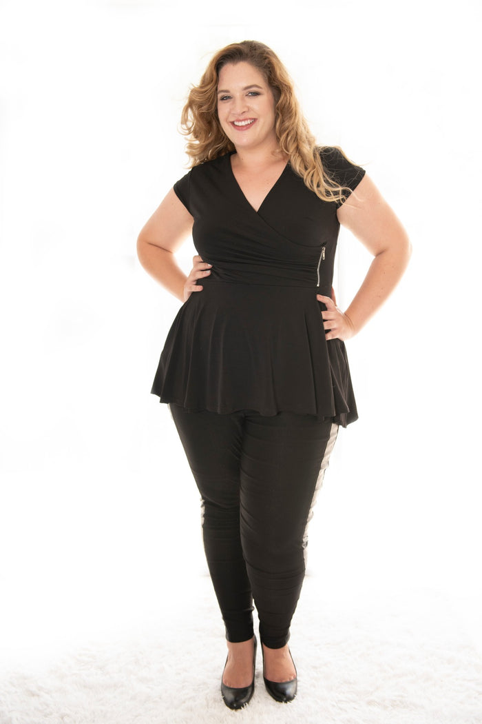 plus size lady wearing our black carriere with cap sleeve
