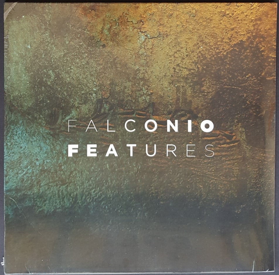 Falconio  - Features
