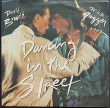 Load image into Gallery viewer, David Bowie - Dancing In The Street