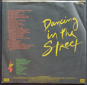 David Bowie - Dancing In The Street