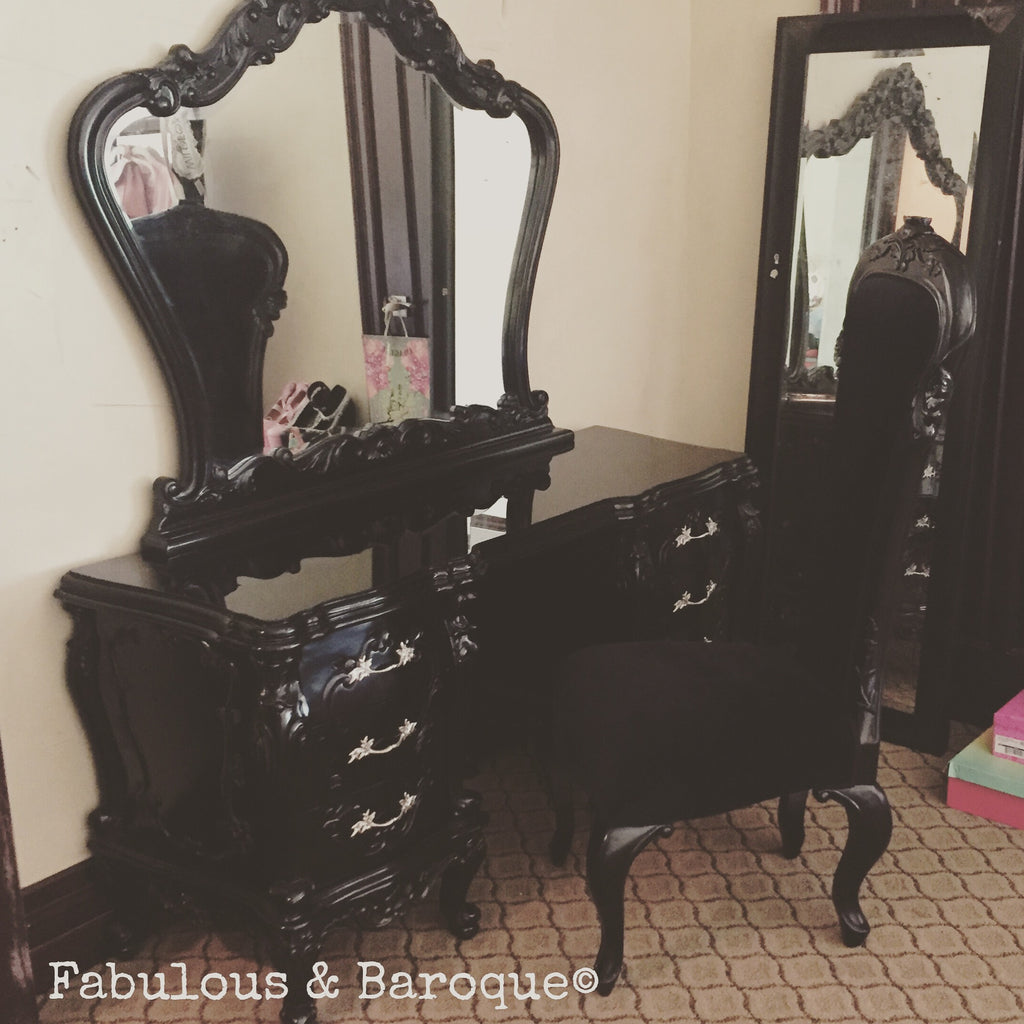 Gryphon Reine Dressing Table - Black - Client Photo