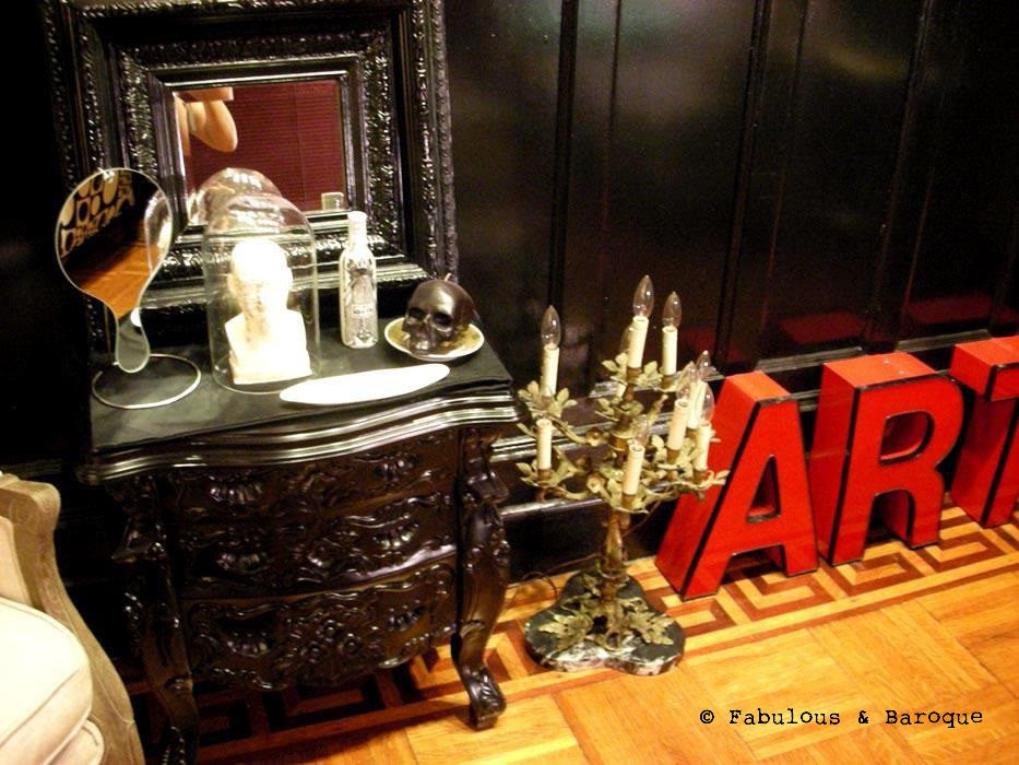 Fabulous & Rococo Side Table - Black - Client Photo