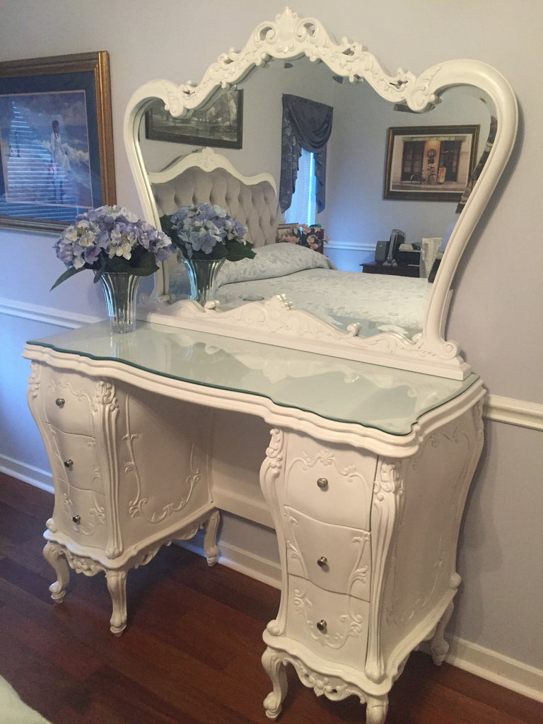 new arrival 01694 b2a33 Custom Gryphon Reine Dressing Table - White- CLIENT PHOTO