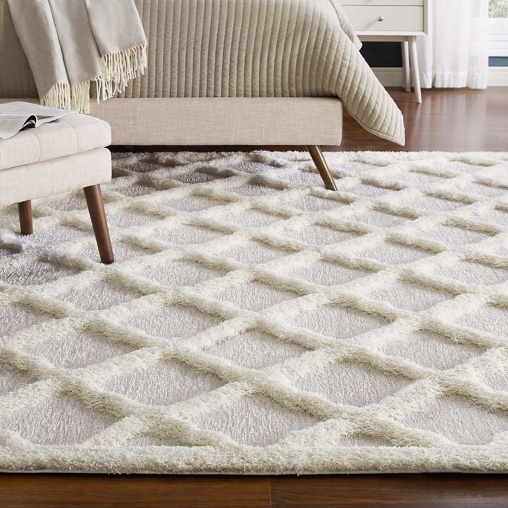 WHIMSICAL REGALE MOROCCAN TRELLIS 8X10 SHAG AREA RUG IN IVORY AND LIGHT GRAY