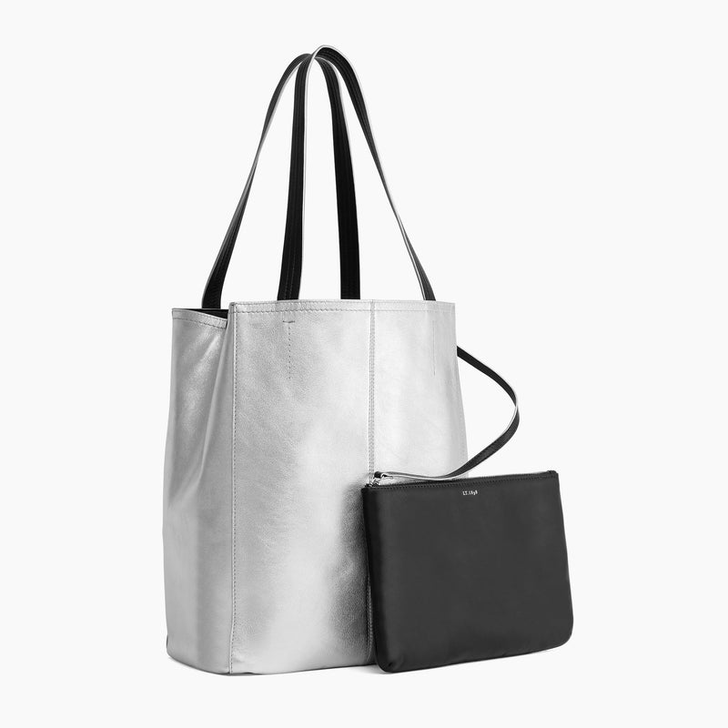 Large vertical tote bag carried on Evesmooth leather 's shoulder - Le Tanneur