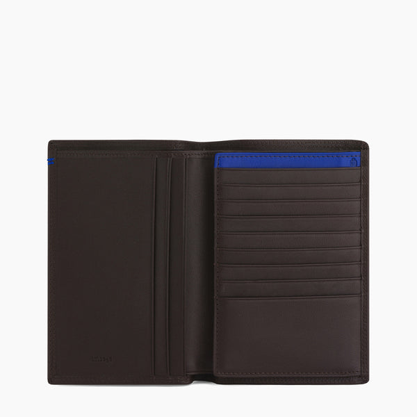 Vertical 2 flap card case with Martin smooth leather bill pocket - Le Tanneur