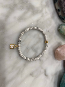 WHITE HOWLITE LOCK