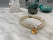 Load image into Gallery viewer, PEARL CRYSTAL PEACE BRACELET