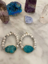 Load image into Gallery viewer, CONNECTED TURQUOISE HOWLITE