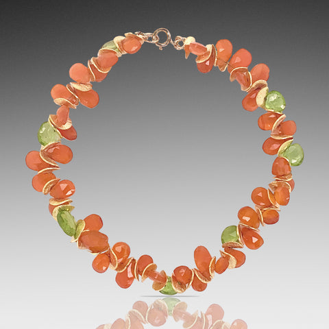 Signature Bracelet in Carnelian and Peridot