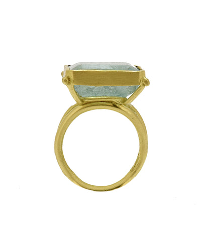 Aquamarine 18K gold Ring