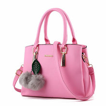 Load image into Gallery viewer, Classic Leather Elegant Venonat Pendant Zipper Handbag