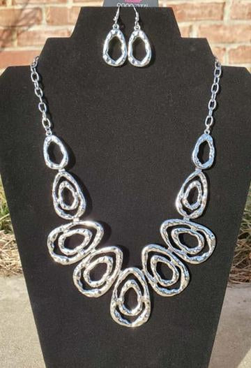 Terra Couture - Silver Necklace