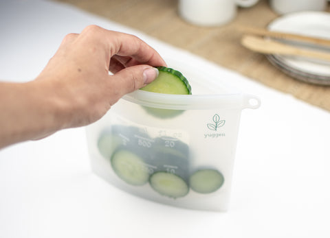 yuggen reusable silicone ziplock snack bag