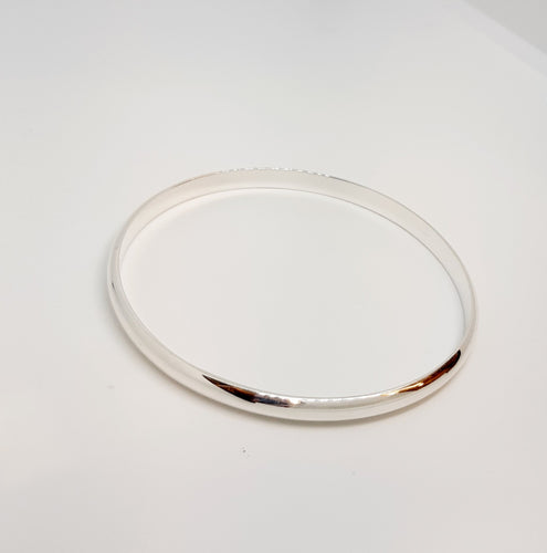 Silver D shaed bangle