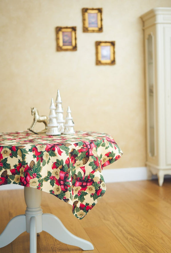 Festive Christmas Tablecloth Round & Rectangular