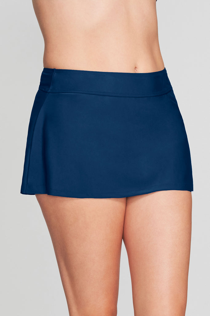SIDE SLIT SWIM SKIRT IN SOLID NAVY BY MAZU SWIM