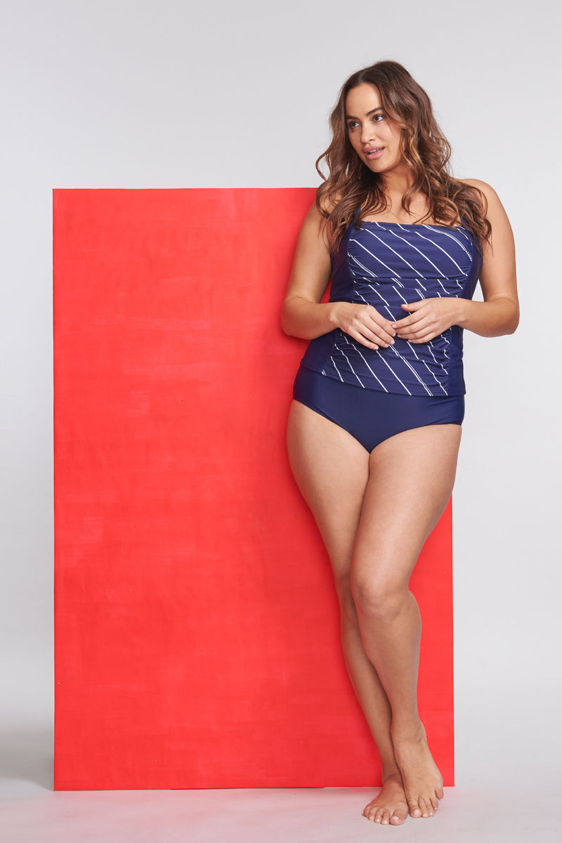 Plus Size Square Neck Ruched Underwire Tankini Top in Tie Stripe