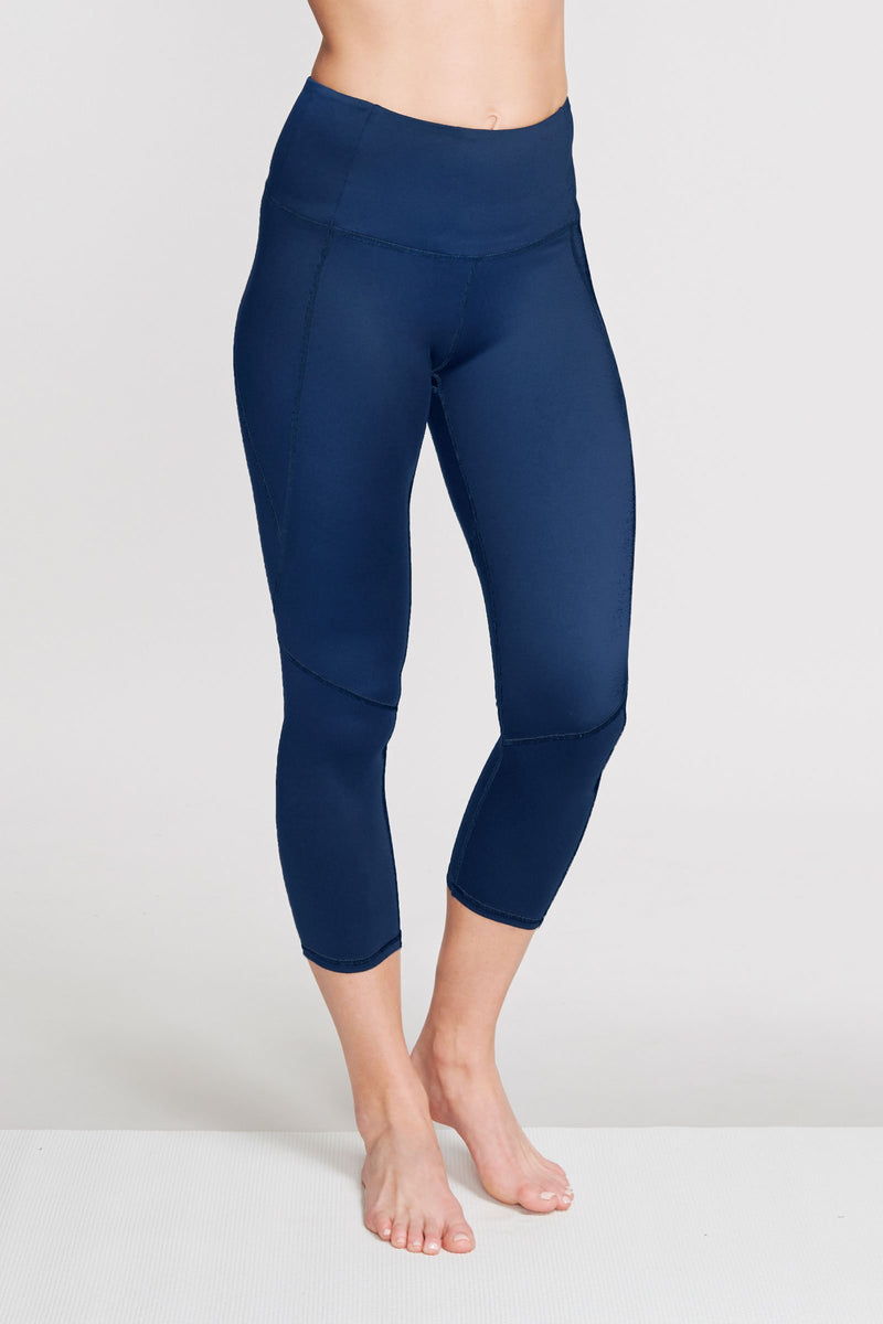 High Waisted Slimming Capri Legging in Solid Navy