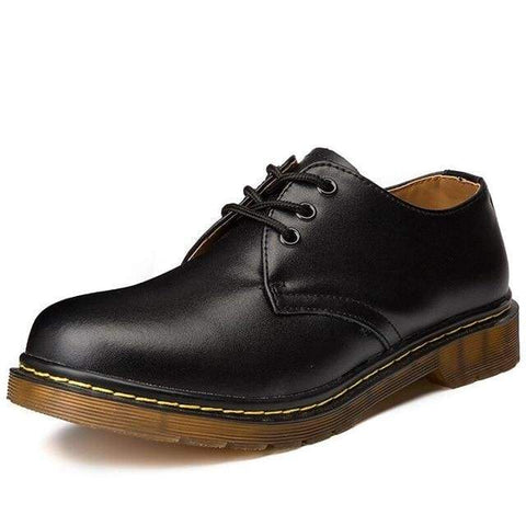 Oxford style shoe