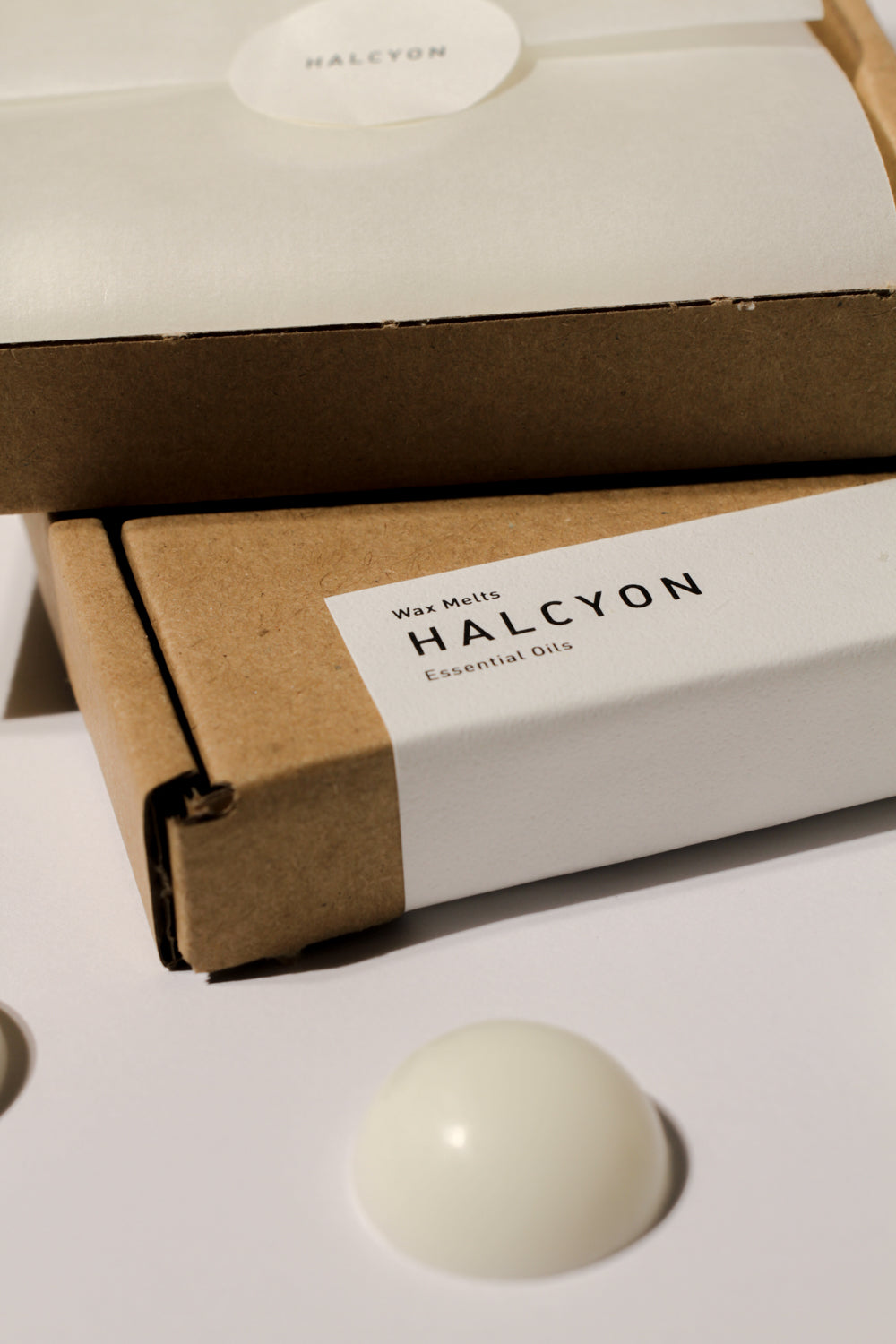 Essential Oil wax melts - Halcyon wax melts in kraft eco packaging