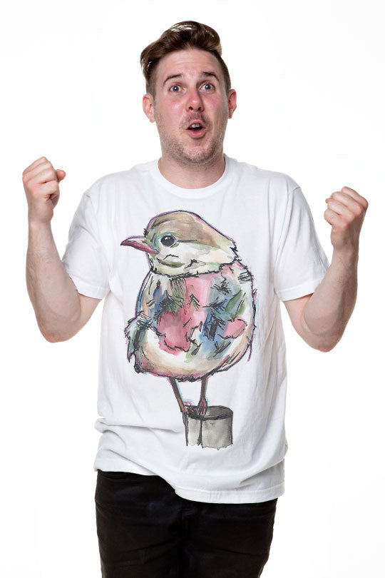 Bird on Pole - Men T-Shirt
