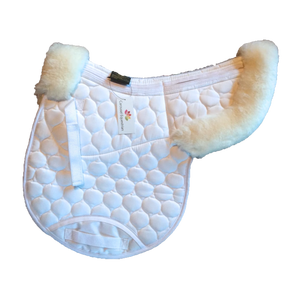 Carousel Equestrian - Half Rolled Edge Numnah - White