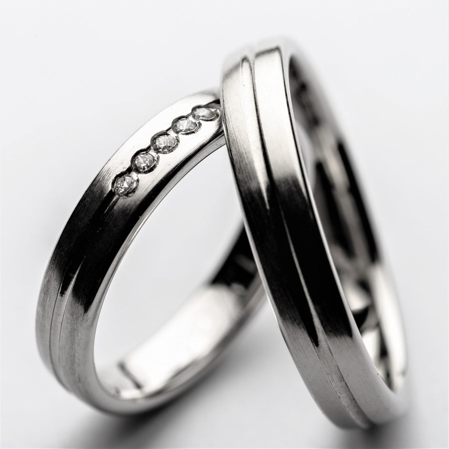JRW 12 Score Wedding Ring