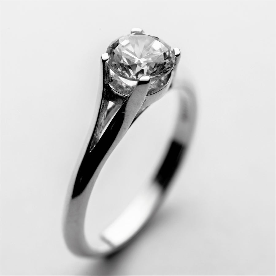 JRE 05 Diamond Engagement Ring