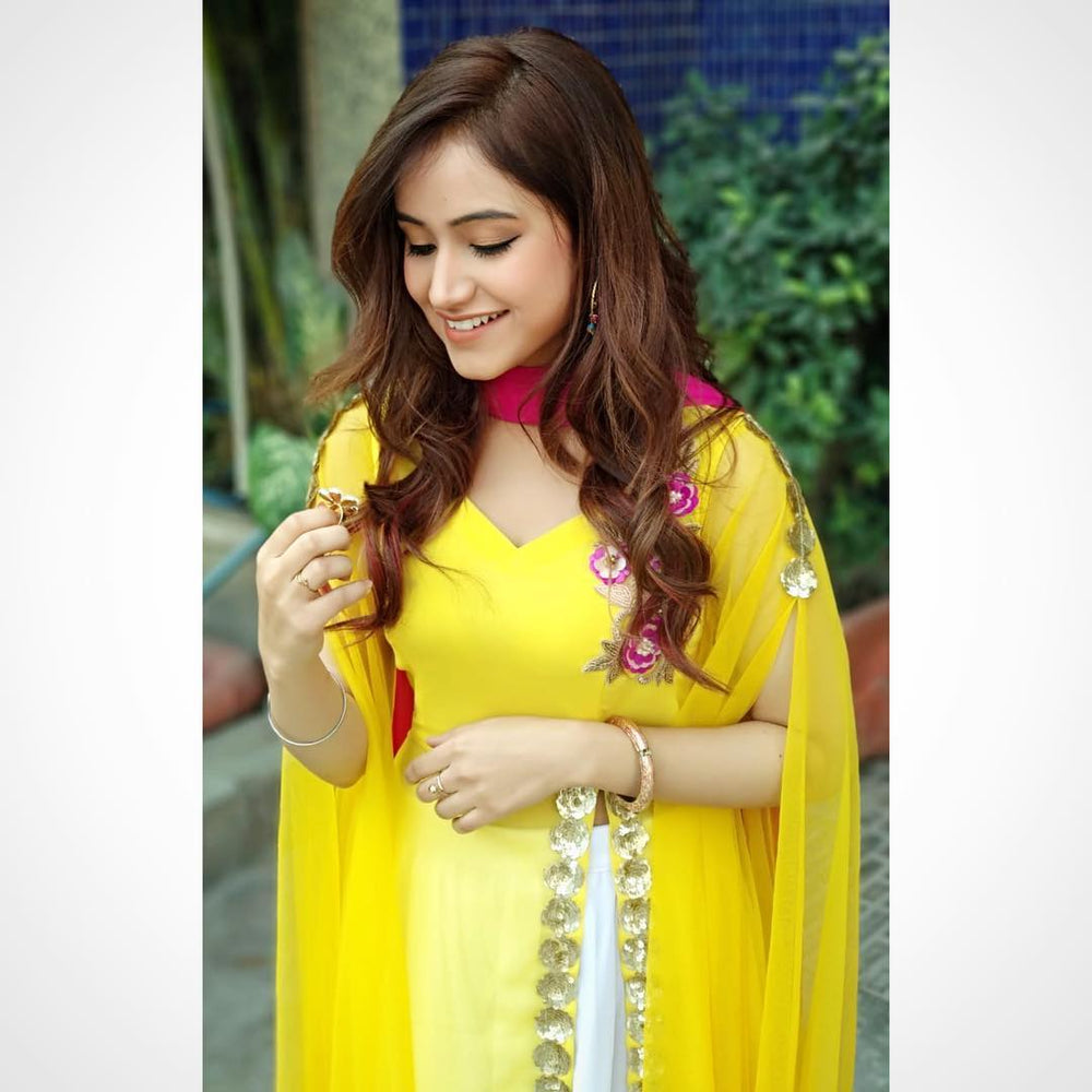 Latest Tanishq Kaur in Punjabi suit