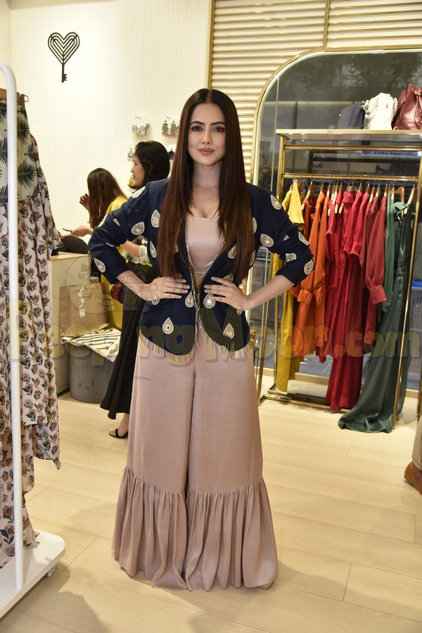 Sana Khan Crop Top Palazzo&Jacket