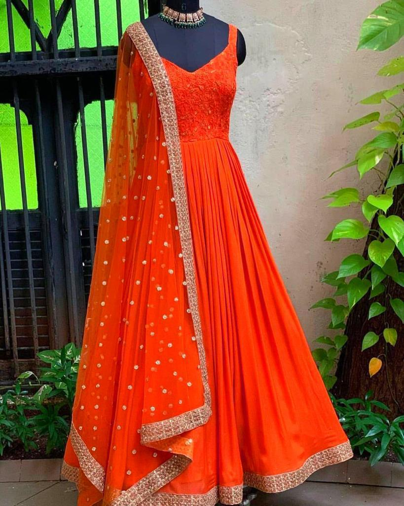 ♥️ PRESENTING NEW DESIGNER EMBROIDERED ANARKALI GOWN ♥️