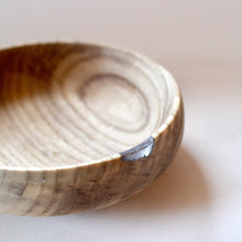 Load image into Gallery viewer, Elm Bowl with Aluminum Inlay