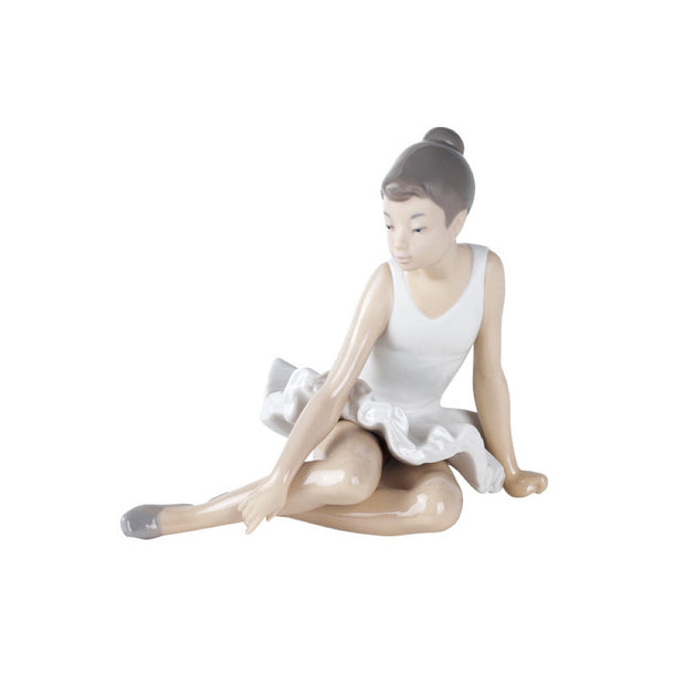 Nao by Lladro Seated Ballet Figurine