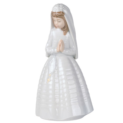 Nao by Lladro Girl Praying Figurine