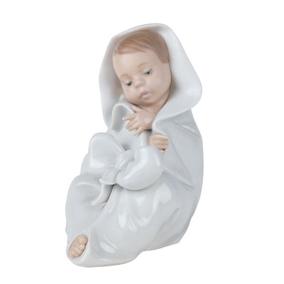 Nao by Lladro All Bundled Up Figurine