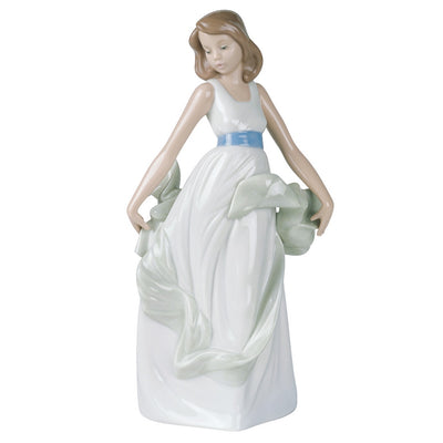 Nao by Lladro Walking On Air Figurine