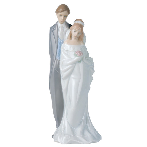 Nao by Lladro Love Always Figurine